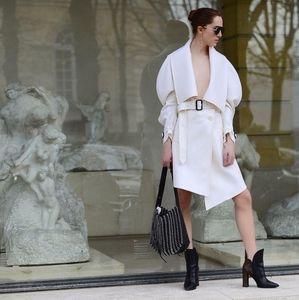 Burberry runway coat white sexy sleeves